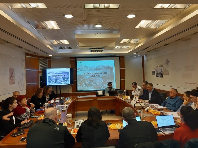 """רפי סער """"ראש העיר היחידי בראשי הערים במדינת ישראל שמפרסם את יומנו זה ראש עיריית כפר סבא"""""""