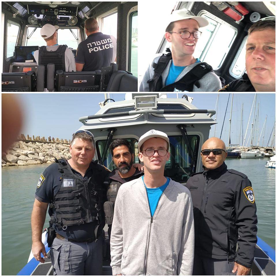 שוטרי השיטור הימי של מחוז תל אביב הגשימו לתומר חלום קטן