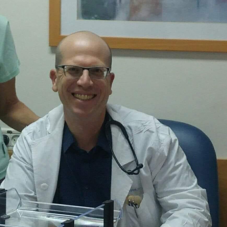 """ד""""ר אלי מילר מביה""""ח מאיר לעמיתיו הרופאים :""""תבינו שמולנו עומד אדם עם מצוקה"""""""