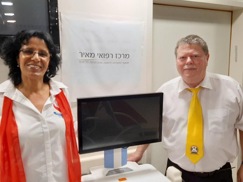 """מסירת מכשיר לבדיקת עיניים לפגים שנתרם ע""""י ארגון ה""""ליונס"""""""
