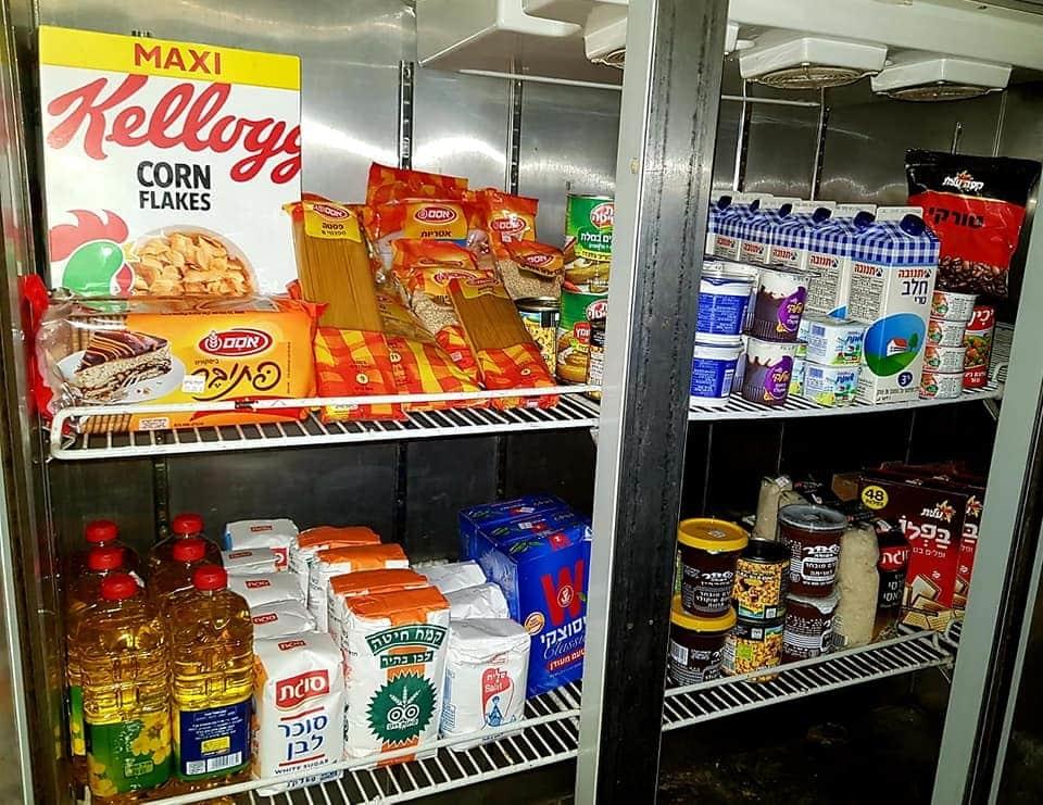 """רשת """"חצי חינם"""" תומכת במיזם """"המקרר"""": לאור צו השעה תתרום מוצרי מזון למקררים החברתיים"""