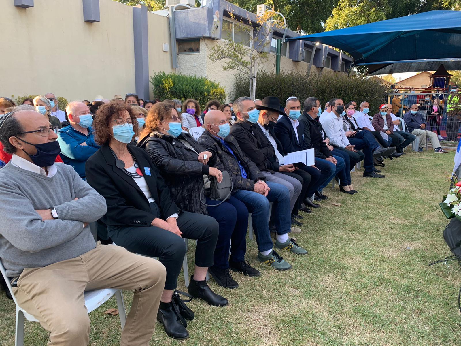 עשרות תושבות ותושבי שכונת עלייה לקחו חלק בטקס יום הזיכרון לחללי מערכות ישראל תושבי המקום