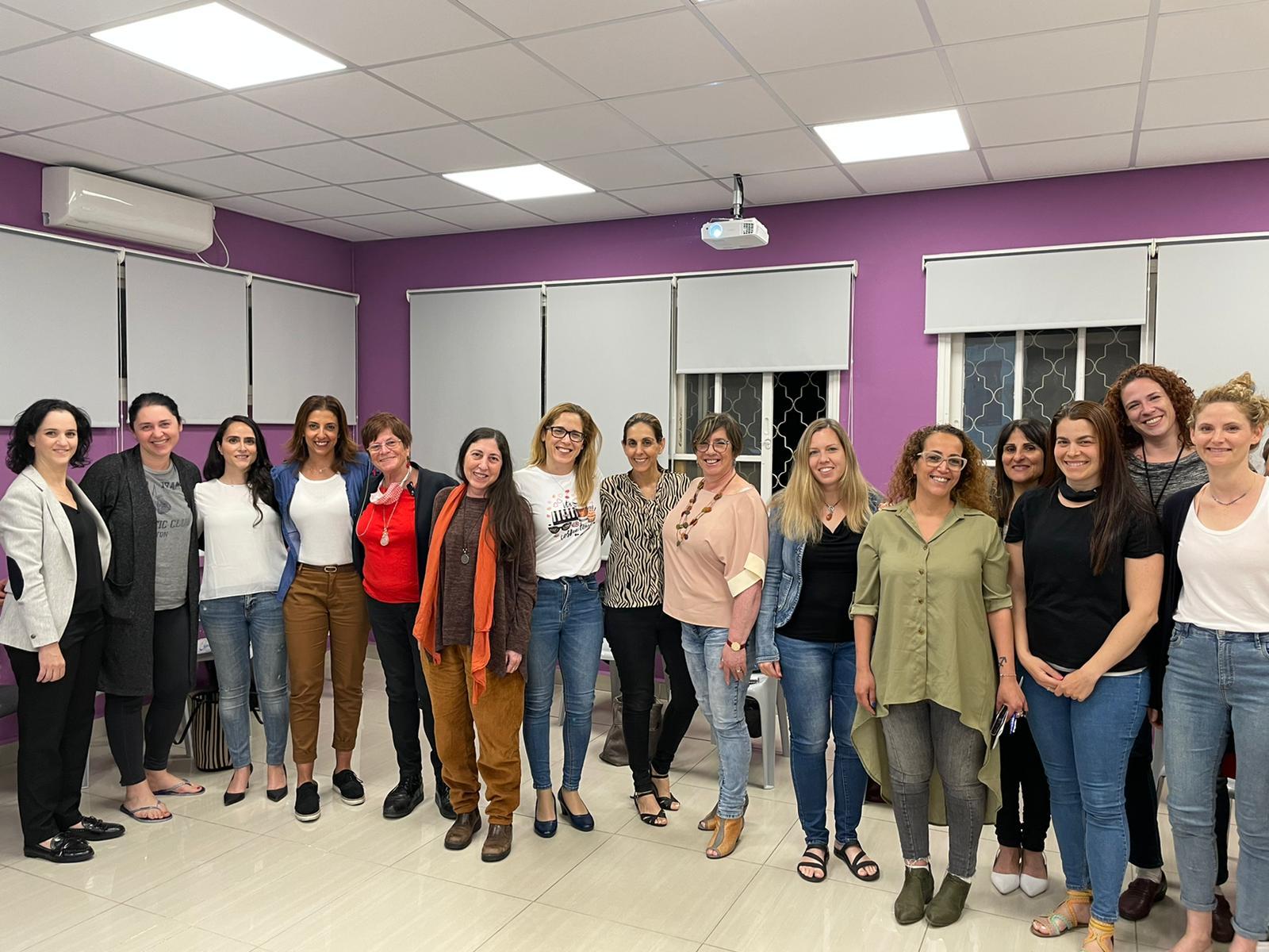 """מועצת נשים עירונית יוצאת במיזם רחב היקף בשם """"מאיצות"""", להזנקת נשות העסקים העצמאיות בעיר ושל מועצת נשים"""